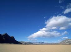 荒凉的沙漠图片