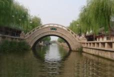 夏荷桥图片