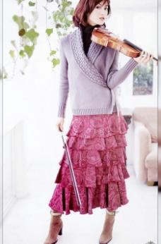 拉小提琴的女孩图片