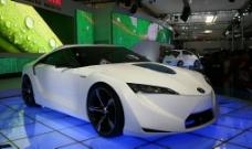 北京车展丰田油电混合动力汽车图片