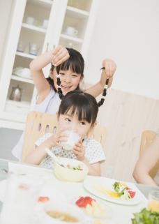 家庭餐桌0065