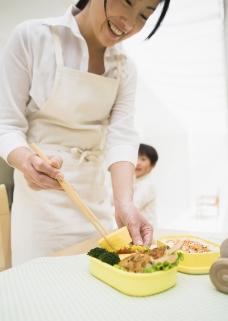 家庭餐桌0178