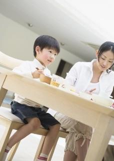 家庭餐桌0149